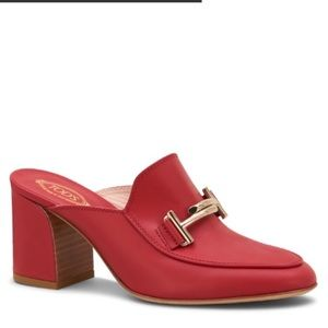 Tod's Red Chunky Heel Mules Leather Red Sz 39 or 9